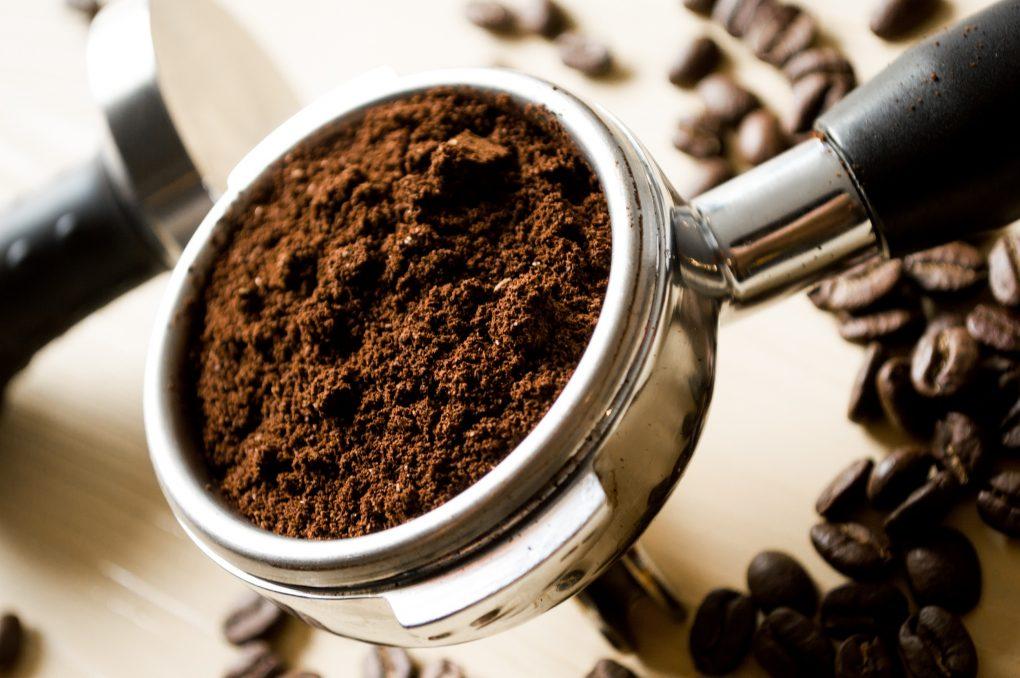 Delonghi Kaffeemaschine Mahlwerk Einstellen : Kaffeemaschine macht geräusche? das sind die ursachen